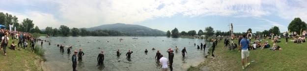 Pleschinger See u Linze. Moc hezké prostředí, čistá voda.