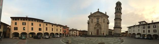 Náměstí v městečku Urgnano